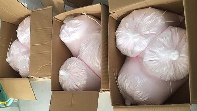 Tây Ninh: Thu giữ gần 3 tạ mỹ phẩm không rõ nguồn gốc (20/11/2020)