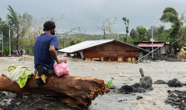 Bão Goni khiến hàng chục người ở Philippines thiệt mạng, phá hủy mùa màng, giao thông (2/11/2020)