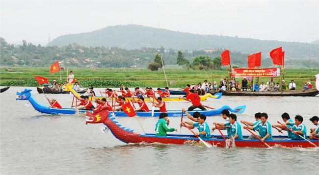 Tìm hiểu biển đảo Việt Nam: Hội đua thuyền – một nét đẹp văn hóa của người dân vùng biển (21/11/2020)