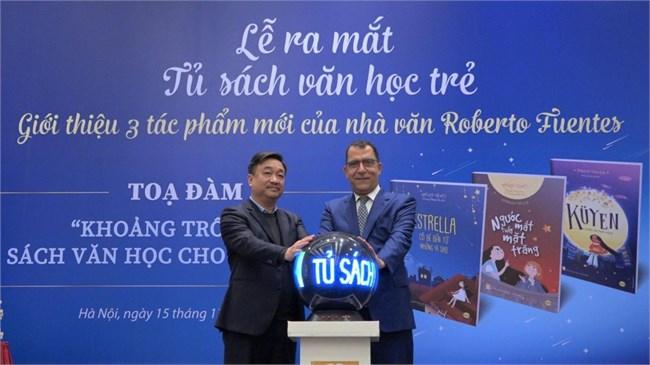 Tủ sách văn học trẻ với tác phẩm văn học thiếu nhi Chile thu hút độc giả Việt Nam (21/12/2020)