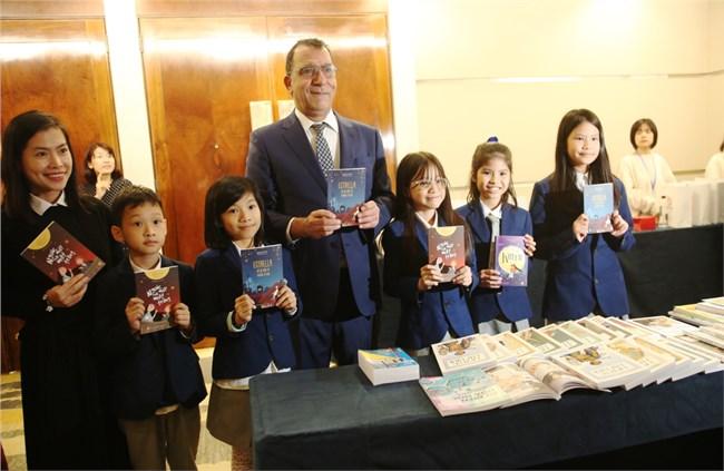 PV đại sứ Chi lê tại Việt Nam về việc hợp tác với Nhà xuất bản Giáo dục Việt Nam (28/12/2020)