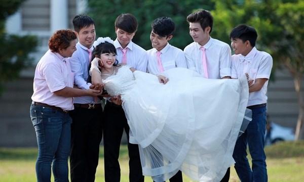 Gần 1,5 triệu nam giới khó có vợ vào năm 2034, liệu Việt Nam có phải nhập khẩu cô dâu?(20/12/2020)