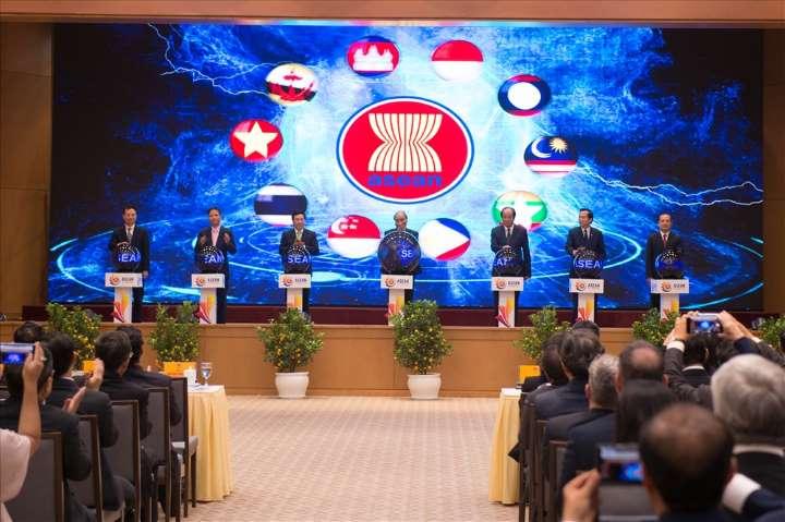 THỜI SỰ 12H TRƯA 16/2/2020: Các nhà lãnh đạo ASEAN ra Tuyên bố Chủ tịch về ứng phó của ASEAN trước bùng phát dịch viêm đường hô hấp cấp, do Covid-19.
