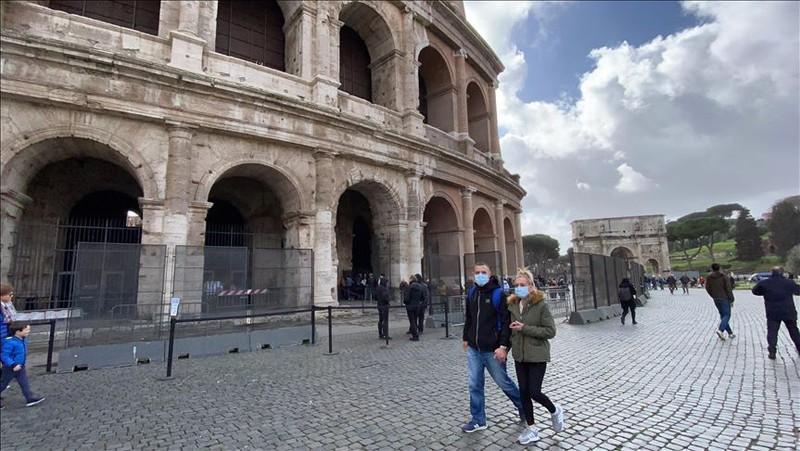 """Các thành phố miền Bắc Italia trở thành những """"thành phố ma"""" sau khi bị cách ly do dịch Covid-19 (9/3/2020)"""