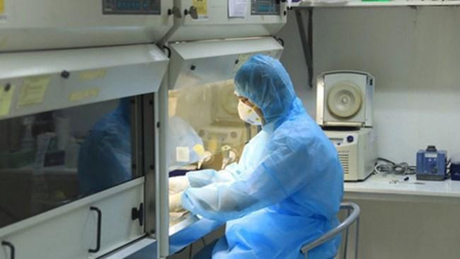 Những nghi vấn về trục lợi từ việc mua máy xét nghiệm COVID-19 xảy ra tại một số địa phương (28/4/2020)