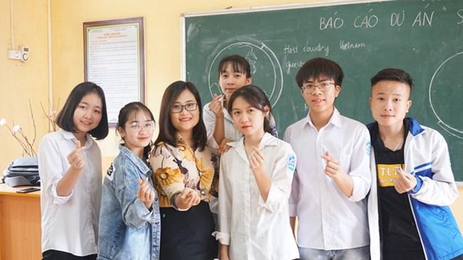 Cô giáo Hà Ánh Phượng: Hành trình đến với top 50 giáo viên xuất sắc nhất toàn cầu (5/4/2020)