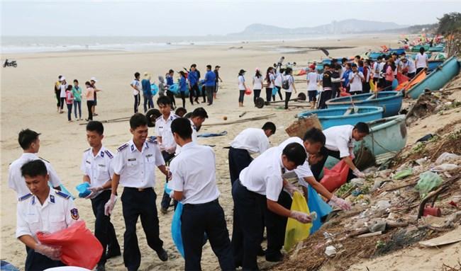 Lực lượng kiểm ngư chung tay bảo vệ môi trường biển (30/5/2020)