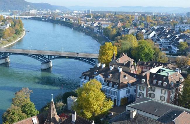 Thành phố Basel của Thụy Sỹ - Điểm du lịch vàng, nơi giáp ranh giữa Đức và Pháp (3/5/2020)