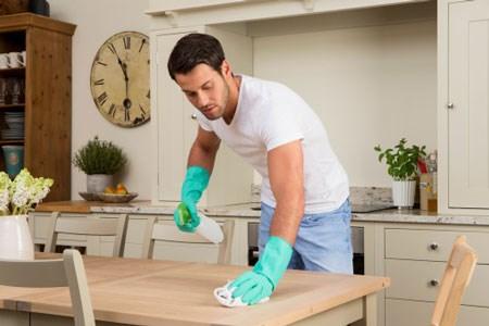 khi người chồng giúp vợ việc nhà (18/6/2020)