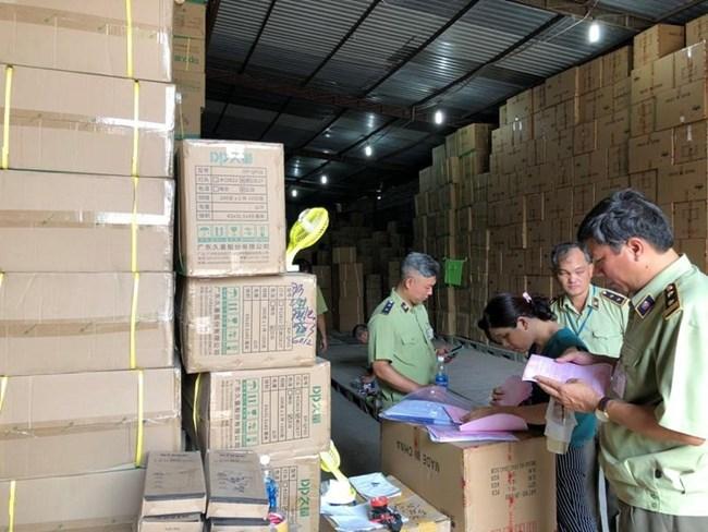 Thành phố Hồ Chí Minh: Tăng cường tấn công hàng lậu, hàng giả (30/6/2020)