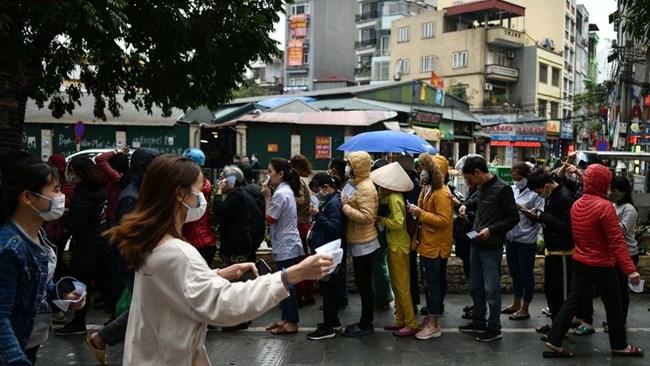 Việt Nam có nên mở cửa trở lại nền kinh tế vào thời điểm này? (16/6/2020)
