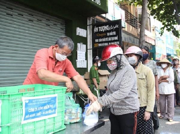 Nhiều mô hình hiệu quả giúp người nghèo vượt khó hậu Covid-19 (11/6/2020)