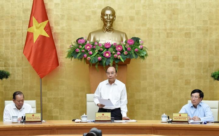 THỜI SỰ 21H30 ĐÊM 16/07/2020: Thủ tướng Nguyễn Xuân Phúc yêu cầu giải ngân hết gần 28 tỷ USD vốn đầu tư công trong năm nay.