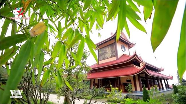 Thiền viện Trúc lâm Tuệ Đức: Đóa sen bát nhã giữa mây trời sông Lô, tỉnh Vĩnh Phúc (14/8/2020)