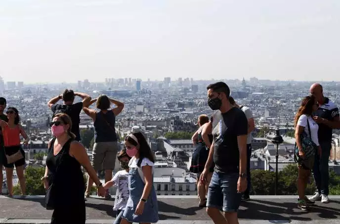 Dịch Covid-19 leo thang, Pháp siết chặt giãn cách xã hội (15/8/2020)