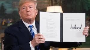 Tổng thống Mỹ Donald Trump vừa ban hành sắc lệnh hành pháp đơn phương áp đặt các lệnh trừng phạt đối với Iran (22/9/2020)