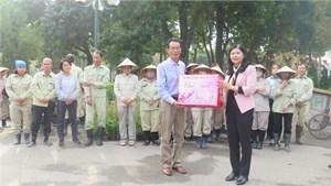 Tổng Liên đoàn lao động Việt Nam hỗ trợ từ 1 đến 2 triệu đồng công nhân hoàn cảnh khó khăn (26/1/2021)