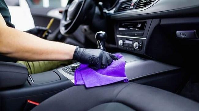Xe ô tô có mùi nhiên liệu trong khoang lái (13/10/2021)