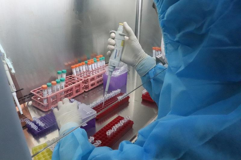 THỜI SỰ 18H CHIỀU 27/02/2021: Kết quả thử nghiệm ban đầu vaccine ngừa Covid-19 COVIVAX có hiệu quả đối với virus biến chủng