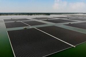 Thái Lan sẽ hoàn thành một trong những dự án năng lượng mặt trời nổi lớn nhất thế giới (22/04/2021)