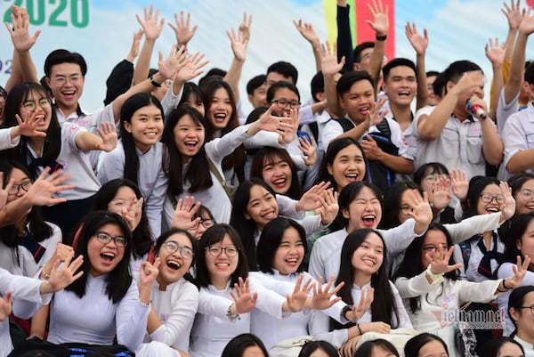 Học sinh giỏi tăng đột biến: Cần tạo nền móng học tập, không chạy theo thành tích (07/04/2021)
