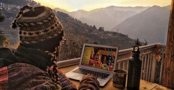 Làm việc trên núi - môi trường làm việc mới giúp các doanh nghiệp tại Ấn Độ vượt khó khăn (22/04/2021)