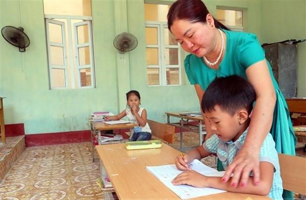 Những thầy cô ươm mầm tương lai trên đảo Bạch Long Vỹ (10/04/2021)