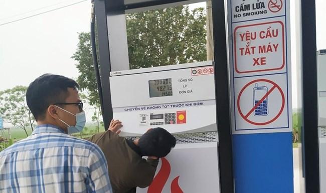 Ninh Bình: Phạt gần 400 triệu đồng đối với sai phạm trong kinh doanh xăng dầu (11/5/2021)