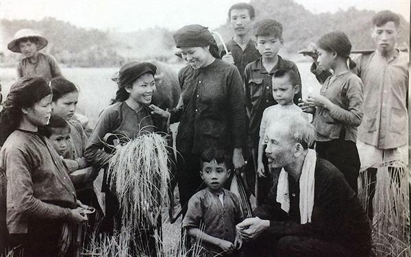 Xây dựng Đảng về đạo đức gắn với đẩy mạnh học tập, làm theo tư tưởng, đạo đức, phong cách Hồ Chí Minh (19/5/2021)