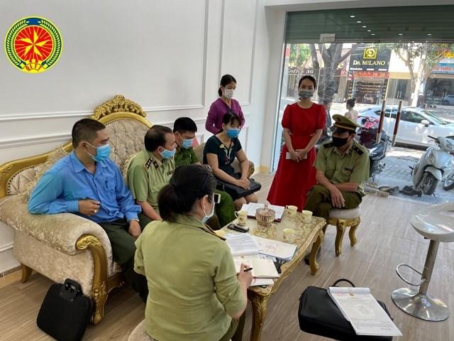 Nghệ An: xử phạt cơ sở kinh doanh không chấp hành lệnh đóng cửa phòng, chống dịch (13/5/2021)
