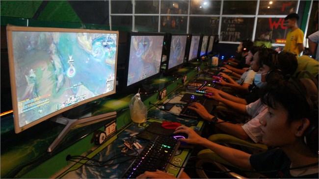 THỜI SỰ 6H SÁNG 04/05/2021: Một số nơi ở Khánh Hòa không chấp hành lệnh cấm, vẫn tập trung chơi games