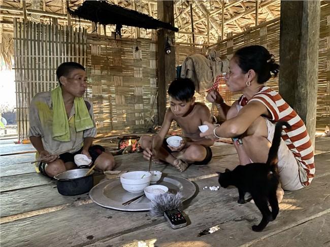 Những mâu thuẫn khó tìm lời giải trong hành trình tìm sinh kế của người Đan Lai (20/05/2021)