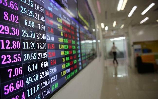 Số tài khoản chứng khoán mở mới tiếp tục tăng mạnh, sự sôi động của thị trường trong năm 2021? (17/05/2021)