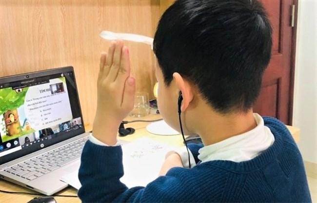 Dịch COVID-19: Linh hoạt trong dạy học, kiểm tra trực tuyến (11/5/2021)