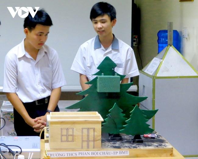 Đắk Lắk: Đẩy mạnh nghiên cứu khoa học ở trường trung học (30/04/2021)