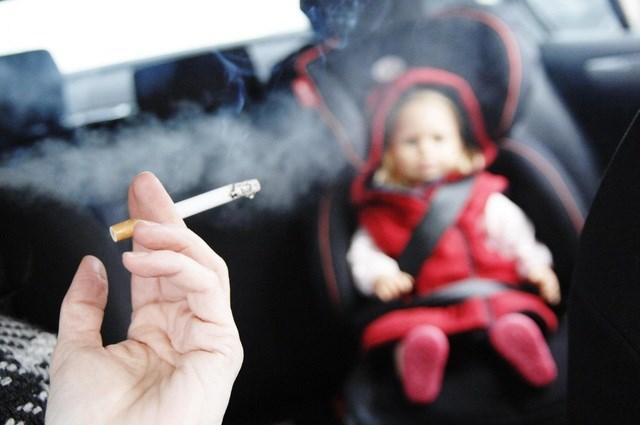 Tác hại của khói thuốc lá, hít khói thuốc lá thụ động cũng như một số cách bỏ thuốc lá (31/5/2021)
