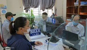 Gia tăng số người nhận BHXH một lần:  Vì sao nhiều lao động bỏ chế độ hưu trí? (13/05/2021)