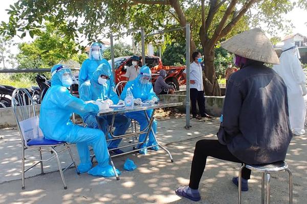Phòng chống dịch trong KCN: Cần làm gì để không lặp lại tình huống như ở Bắc Giang? (24/6/2021)