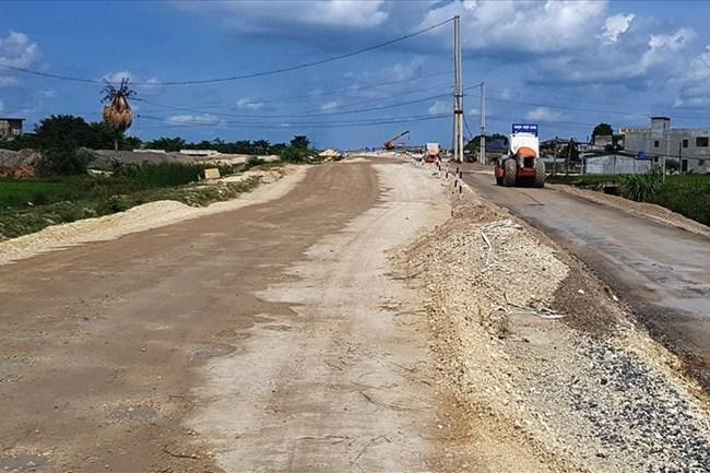 Nguy cơ chậm tiến độ dự án cao tốc Bắc – Nam: Do thiếu vật liệu xây dựng? (11/06/2021)