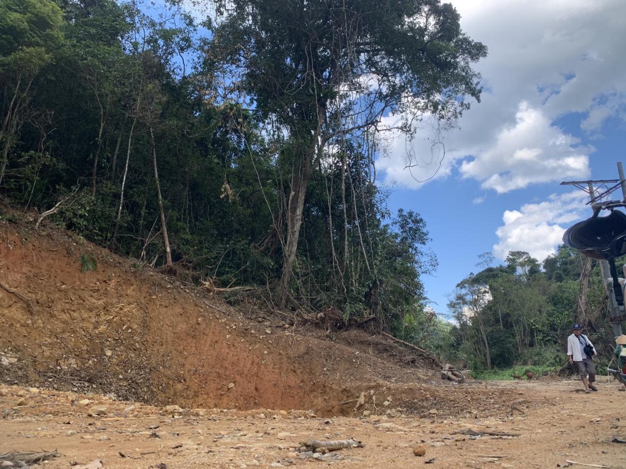 Chủ tịch UBND tỉnh Quảng Ngãi: Chỉ đạo xử lý lấn chiếm rừng phòng hộ khu vực thi công thủy điện Nước Long, huyện Ba Tơ (02/06/2021)