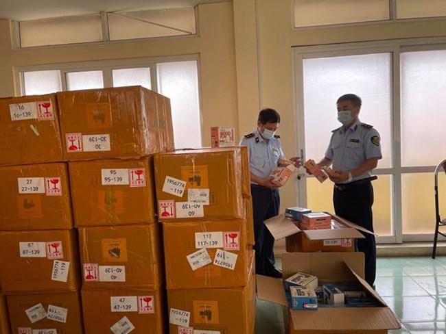 QLTT Hà Nội: Thu giữ lượng lớn thuốc lá điện tử trị giá hơn 1,5 tỷ đồng (13/07/2021)