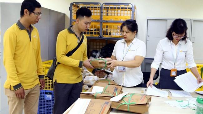 Hà Nội: Tháo gỡ dần khó khăn trong lưu thông hàng hóa (25/7/2021)