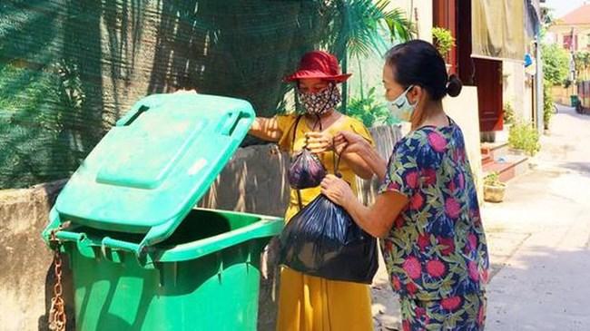 Thùng rác công cộng, bảo vệ môi trường (2/7/2021)