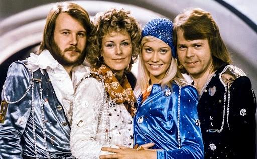 """Album """"Gold"""" của ABBA, trụ vững trên bảng xếp hạng nước Anh suốt 19 năm (31/07/2021)"""