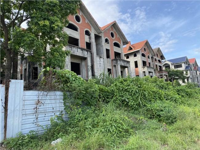 """Đánh thuế bất động sản """"bỏ hoang"""" để chặn đầu cơ, tránh lãng phí (12/7/2021)"""