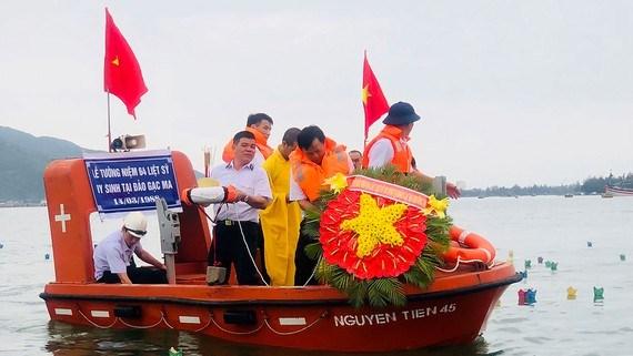 Tri ân anh hùng, liệt sỹ đã hi sinh vì chủ quyền biển đảo Tổ Quốc (26/7/2021)