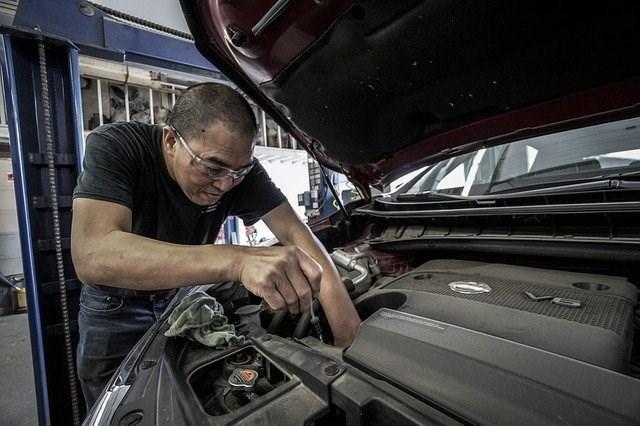 Dự án sửa Ô-tô cũ tặng người có hoàn cảnh khó khăn tại Mỹ (26/7/2021)