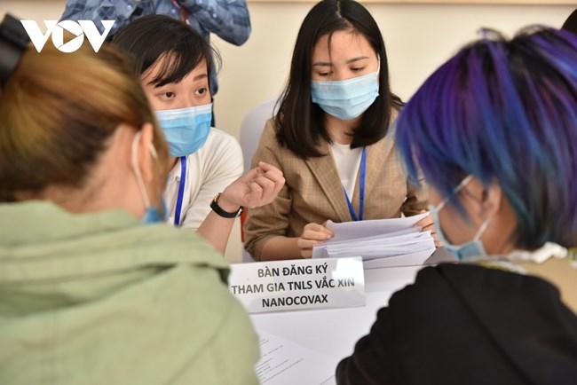 """Khi nào Việt Nam có vắc xin """"made in Vietnam"""" để tiêm phòng cho người dân? (23/05/2021)"""