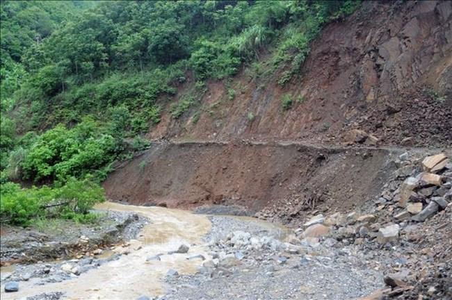 THỜI SỰ 12H TRƯA 1/8/2021: Đề phòng lũ quét, sạt lở đất và ngập úng cục bộ tại khu vực Bắc Bộ.