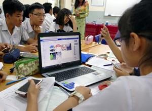 Trẻ em tiếp cận internet sớm: Nguy cơ và những giải pháp hữu hiệu (06/08/2021)